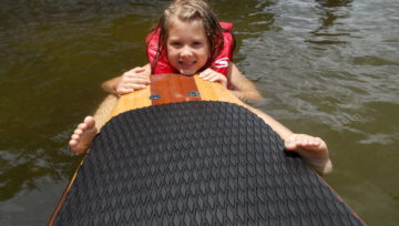 KIDS AND STAND UP PADDLE BOARDING